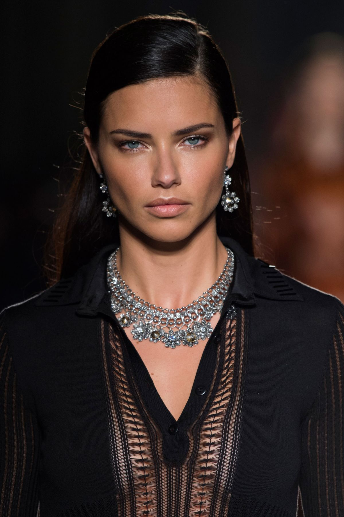 adriana lima at bottega veneta spring summer 2017 fashion