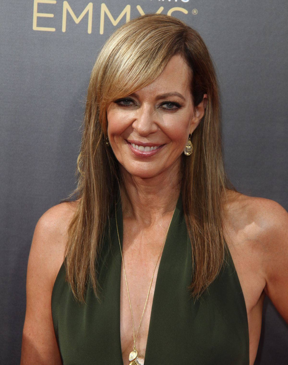ALLISON JANNEY at Creative Arts Emmy Awards in Los Angeles ...
