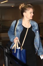 ANNA CHLUMSKY at Los Angeles International Airport 09/19/2016