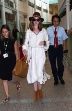 ANNE HATHAWAY at Toronto Pearson International Airport 09/08/2016