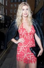 ASHLEY JAMES at Impulse Changing Room, A Pop-up for Reinvention in London 09/06/2016