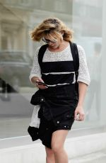BILLIE PIPER Out and About in London 09/06/2016