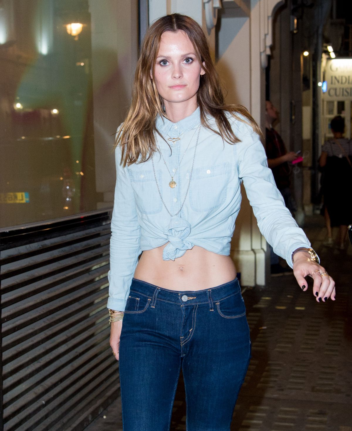 CHARLOTTE DE CARLE at Impulse Changing Room, A Pop-up for Reinvention in London 09/06/2016
