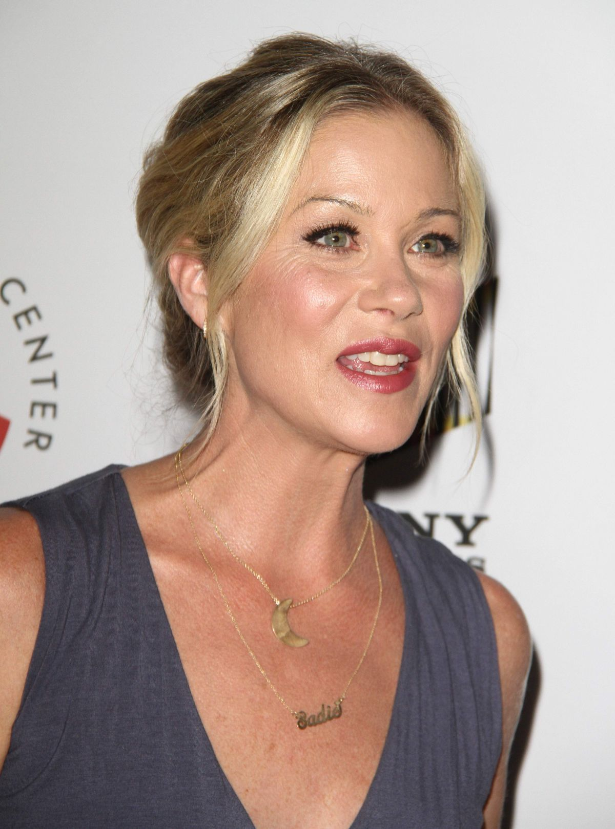 CHRISTINA APPLEGATE at 26th Annual Simply Shakespeare Benefit 09/19/2016
