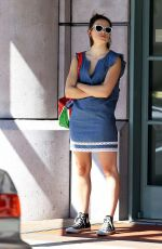 DAISY RIDLEY Leaves a Medical Office in Los Angeles 09/28/2016