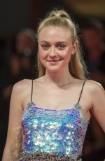 DAKOTA FANNING at