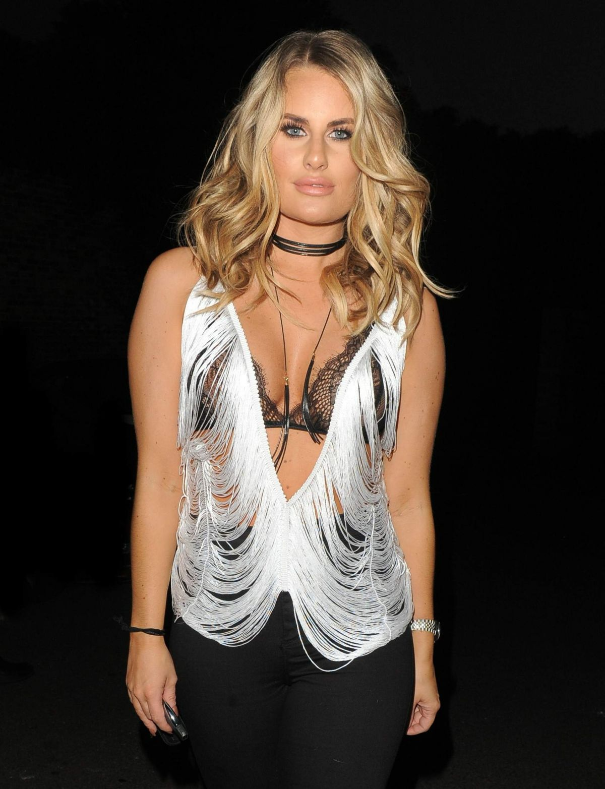 DANIELLE ARMSTRONG at Sheesh Restaurant in Essex 09/14/2016