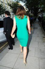 ELIZABETH HURLEY Leaves Her House in London 09/14/201