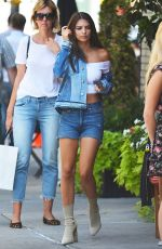 EMILY RATAJKOWSKI Out for Lunch in New York 09/13/2016
