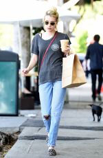 EMMA ROBERTS Out Shopping in Los Angeles 09/21/2016