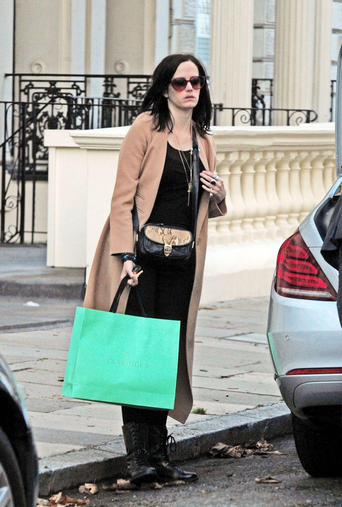Eva Green Leaves Claridges Hotel In London 09 22 2016
