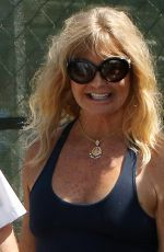 GOLDIE HAWN Leaves Her House in Brentwood 09/01/2016