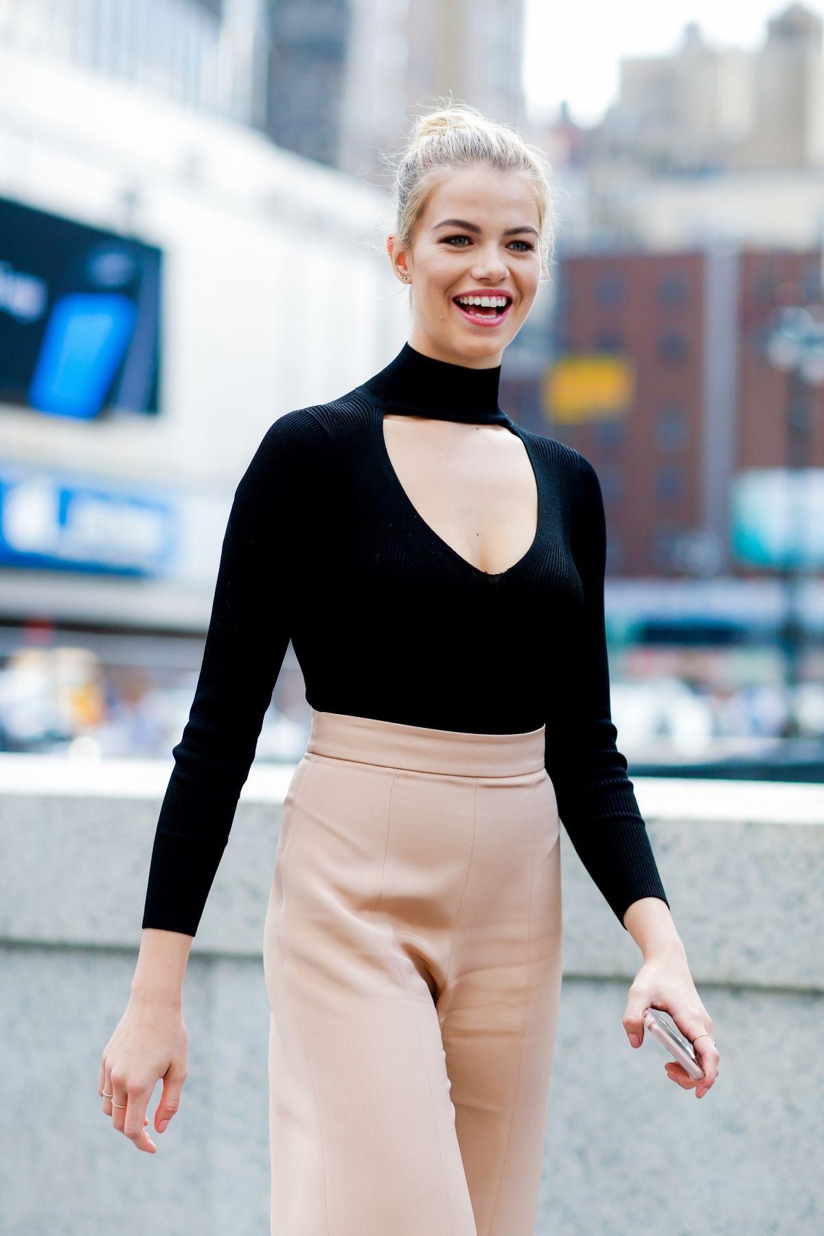 HAILEY CLAUSON at Cushnie et Ochs Fashion Show at New York Fashion Week 09/09/2016