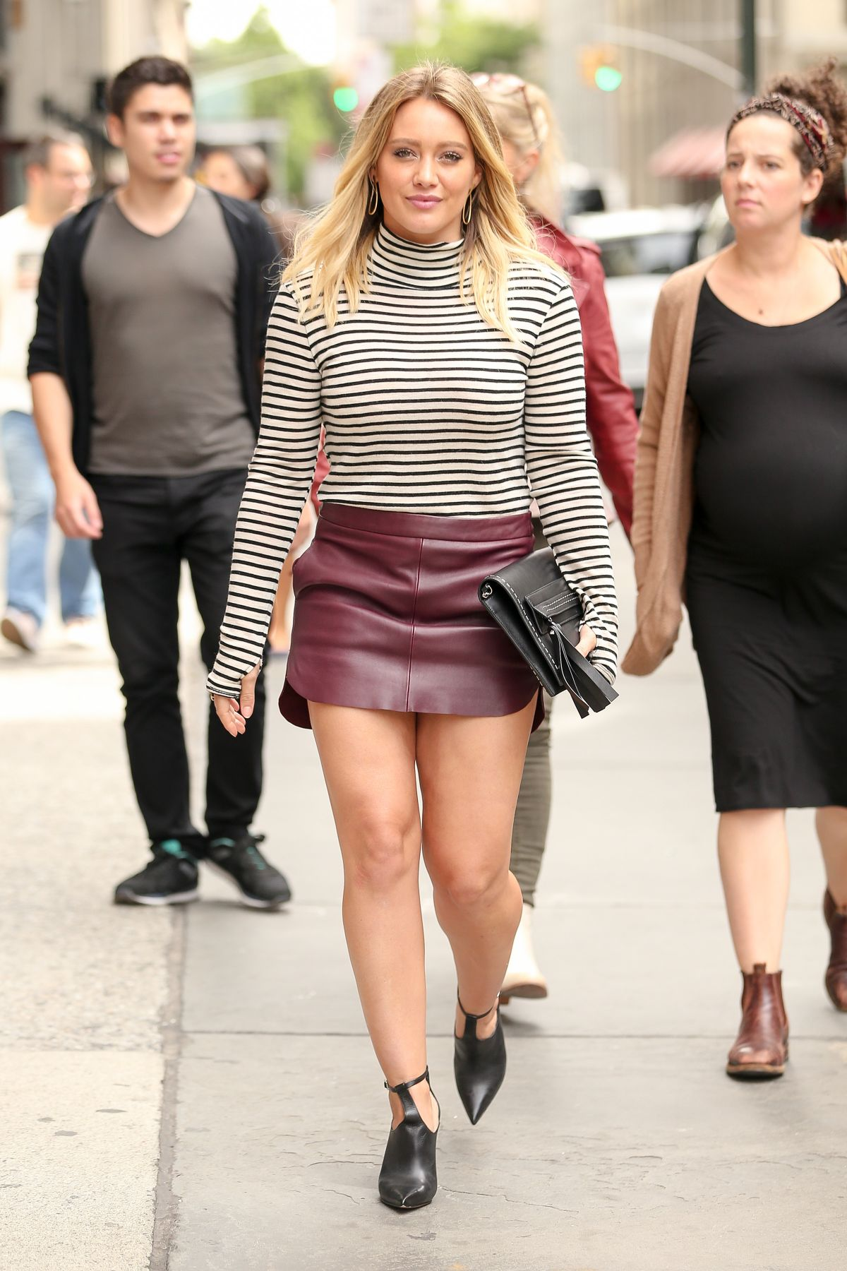 hilary duff arrives at abc kitchen in new york 09 27 2016