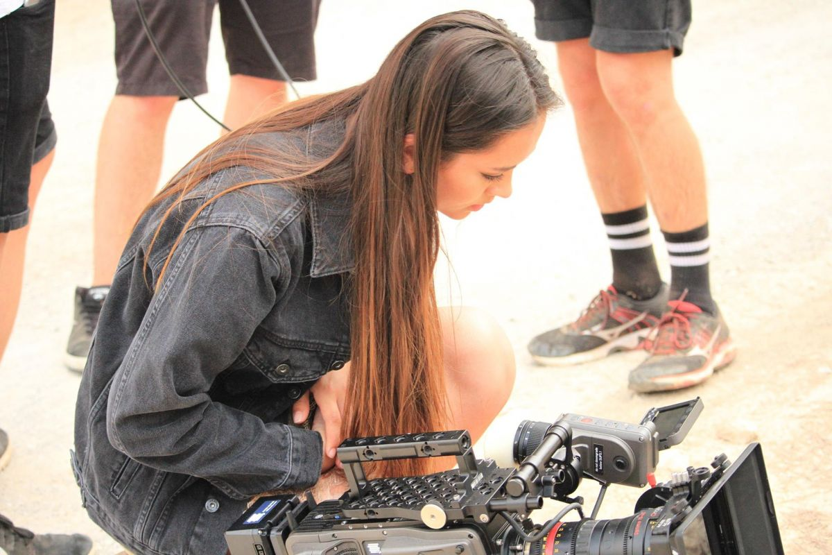 JASMINE THOMPSON on the Set of