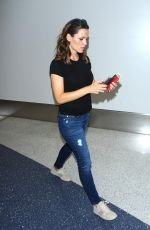 JENNIFER GARNER in Jeans at LAX Airport in Los Angeles 09/26/2016