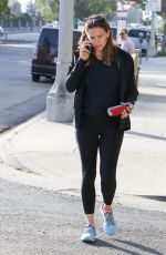 JENNIFER GARNER Out and About in Los Angeles 09/23/2016