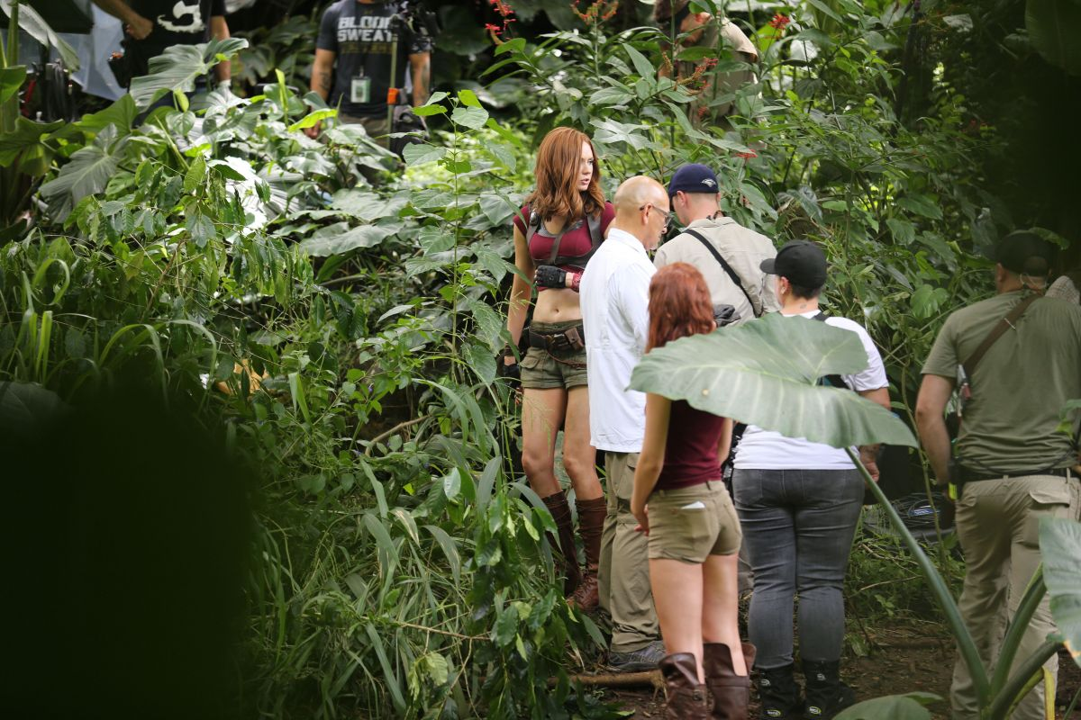 KAREN GILLAN and Her Double on the Set of