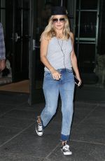 KATE HUDSON in Jeans Out in New York 09/28/2016