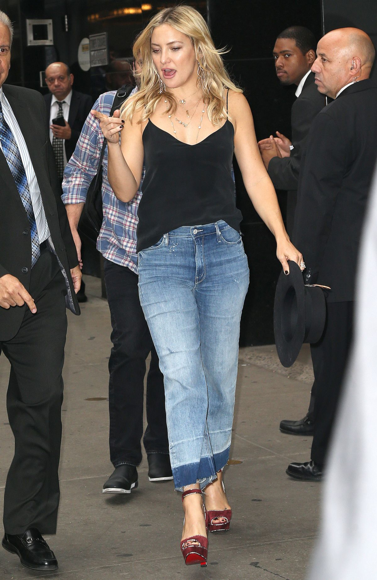 Kate Hudson Out And About In New York 09282016 Hawtcelebs