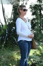 KATHERINE HEIGL Out and About in Los Angeles 09/05/2016