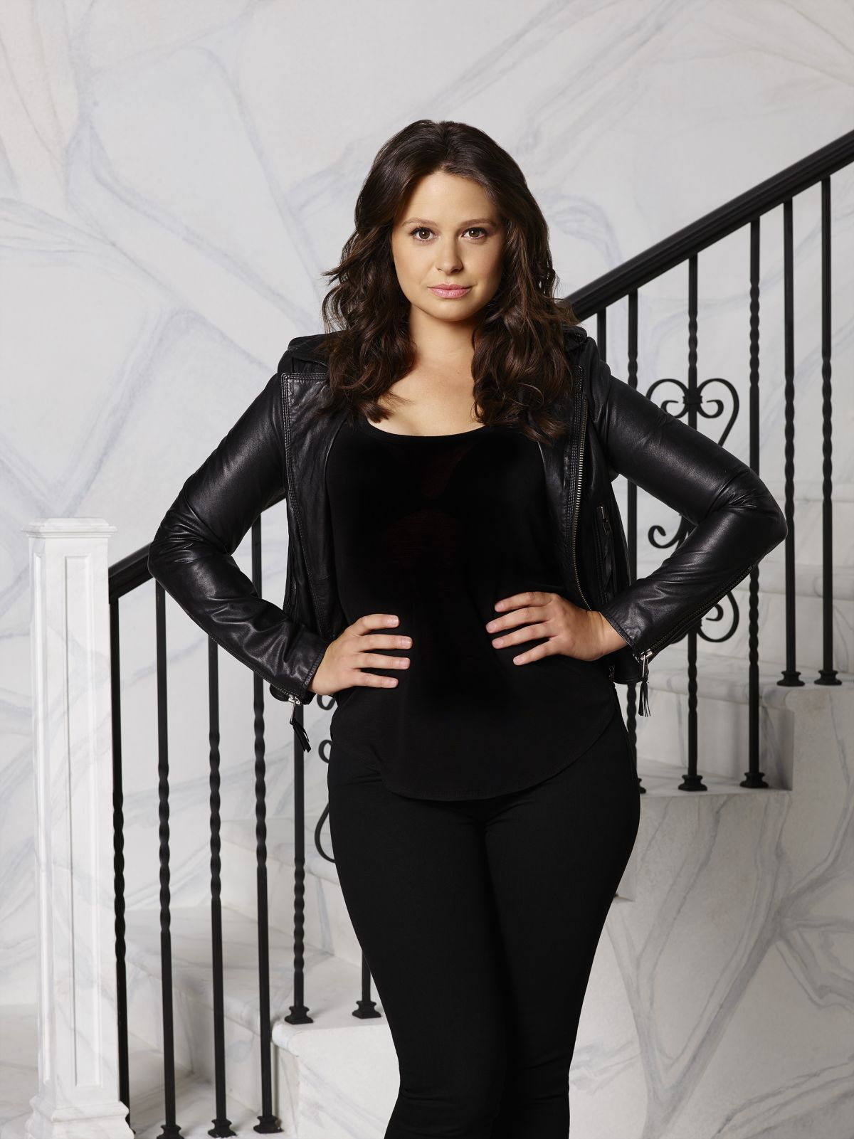 KATIE LOWES - Scandal Season 4 Promos