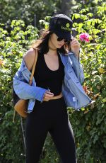 KENDALL JENNER Out and About in Los Angeles 09/05/2016