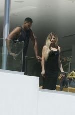 KHLOE KARDASHIAN Out and About in Beverly Hills 09/02/2016