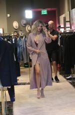KHLOE KARDASHIAN Out Shopping in Miami 09/14/2016