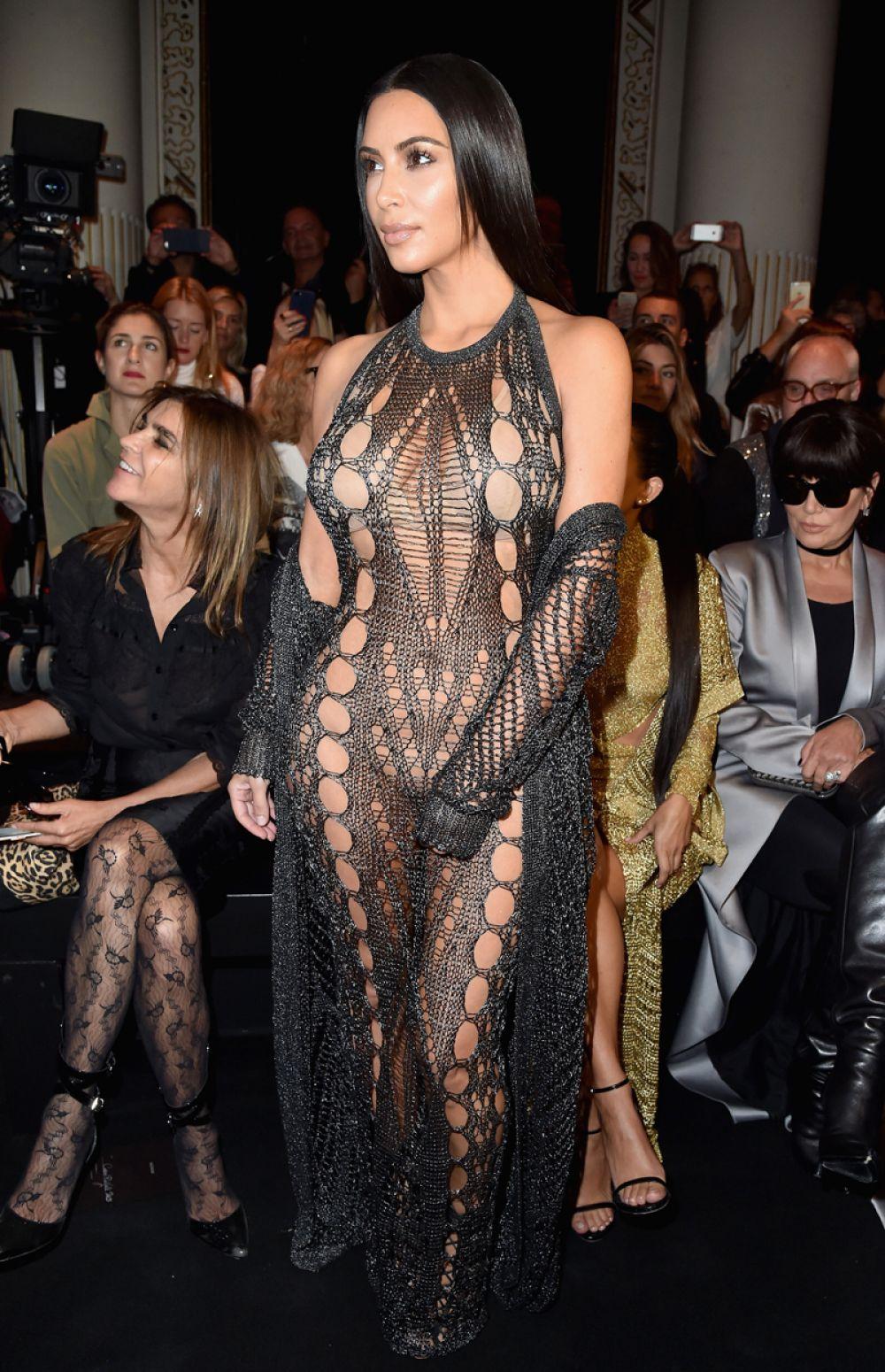 Kim And Kourtney Kardashian At Balmain Fashion Show At Paris Fashion Week 09 29 2016 Hawtcelebs