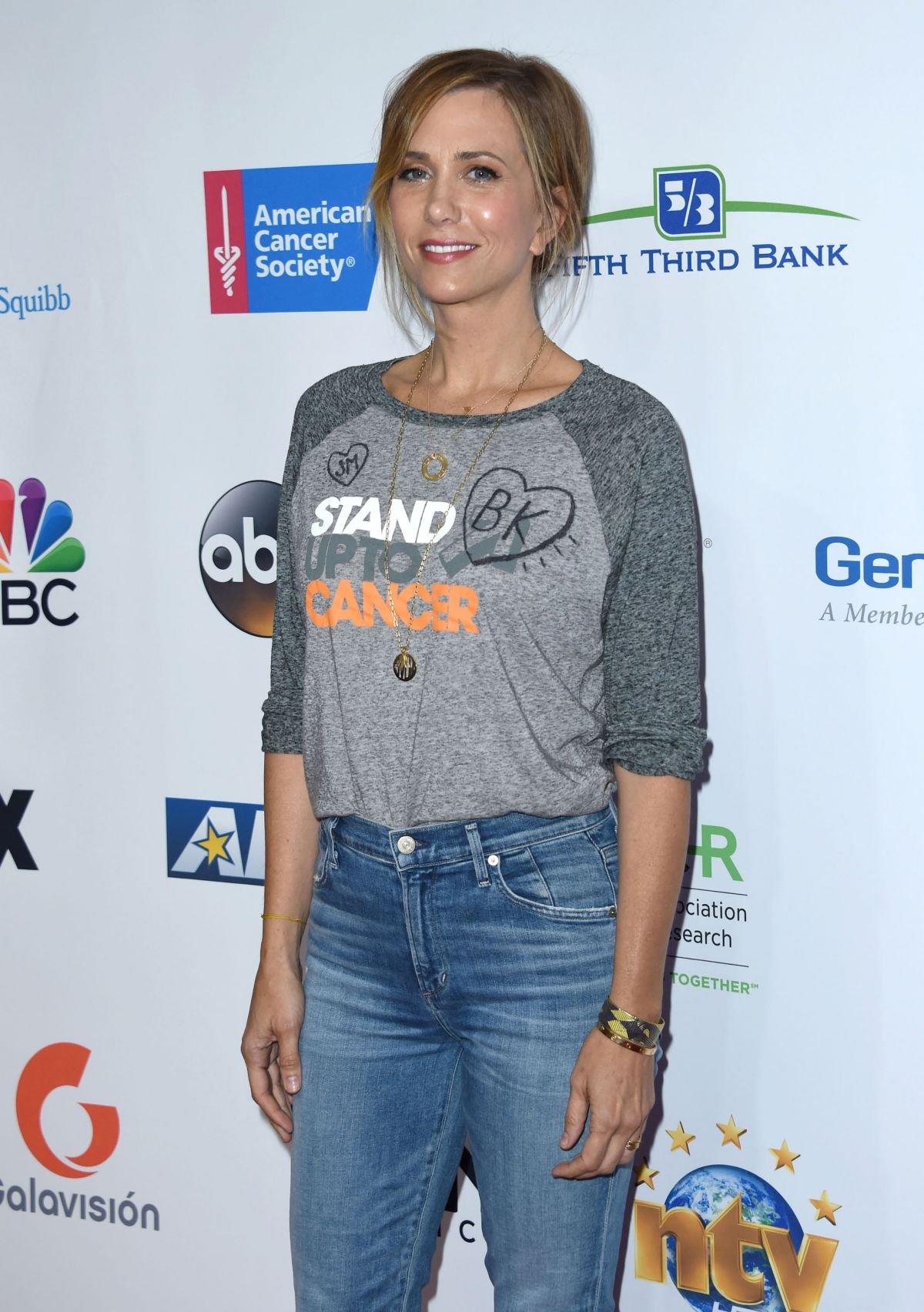 KRISTEN WIIG at 5th Biennial Stand Up To Cancer in Los Angeles 09/09/2016