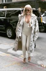 KYLIE JENNER Out for Lunch in New York 09/07/2016