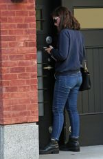 LORDE Leaves Her Apartment in New York 09/15/2016