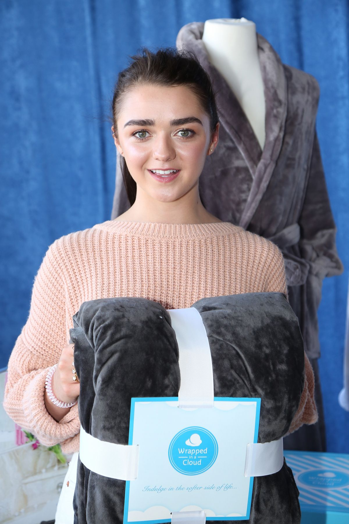 maisie williams - photo #22