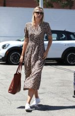 MARIA SHARAPOVA Out and About in Los Angeles 09/03/2016