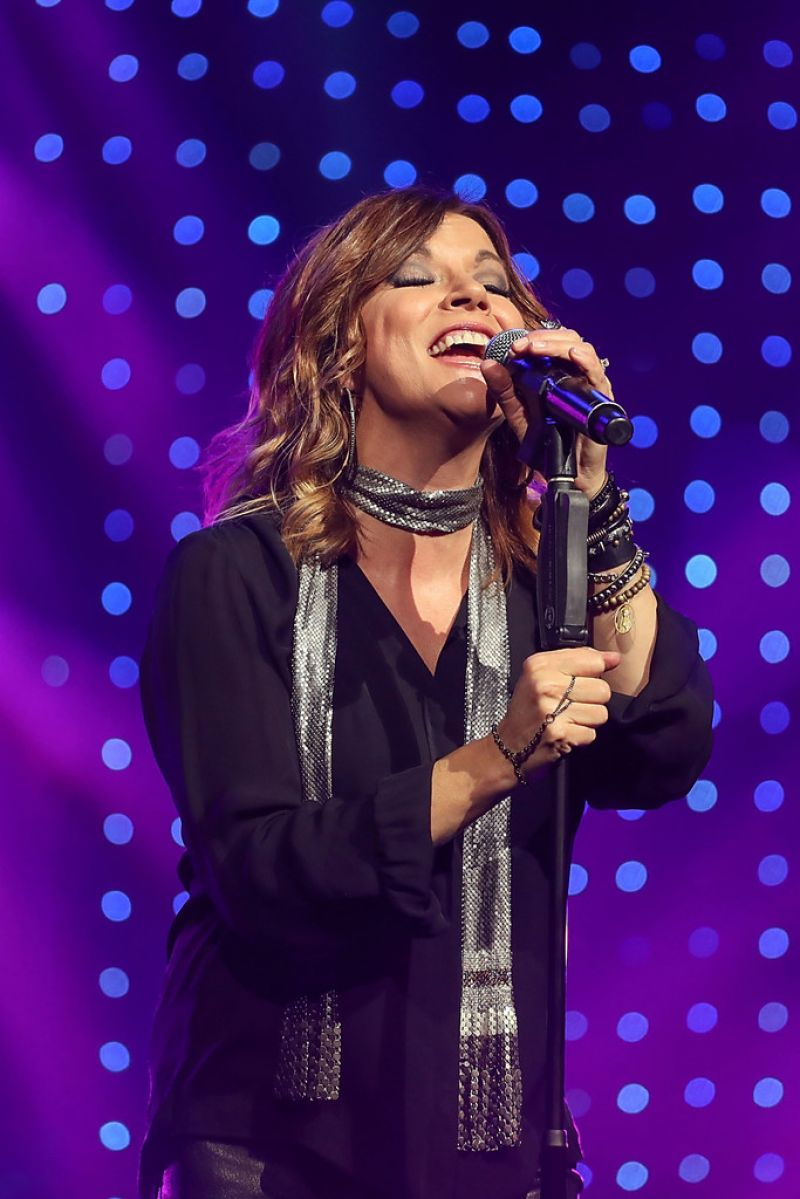 MARTINA MCBRIDE Performs at Band Against Cancer Tour 09/16/2016