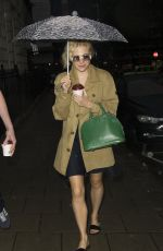 PIXIE LOTT Leaves Haymarket Theatre in London 09/10/2016