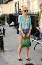 PIXIE LOTT Out and About in London 09/07/2016
