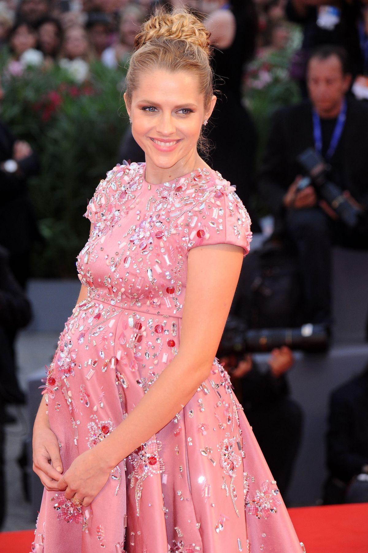 Pregnant TERESA PALMER at