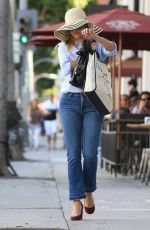 REESE WITHERSPOON Out and About in Beverly Hills 09/26/2016