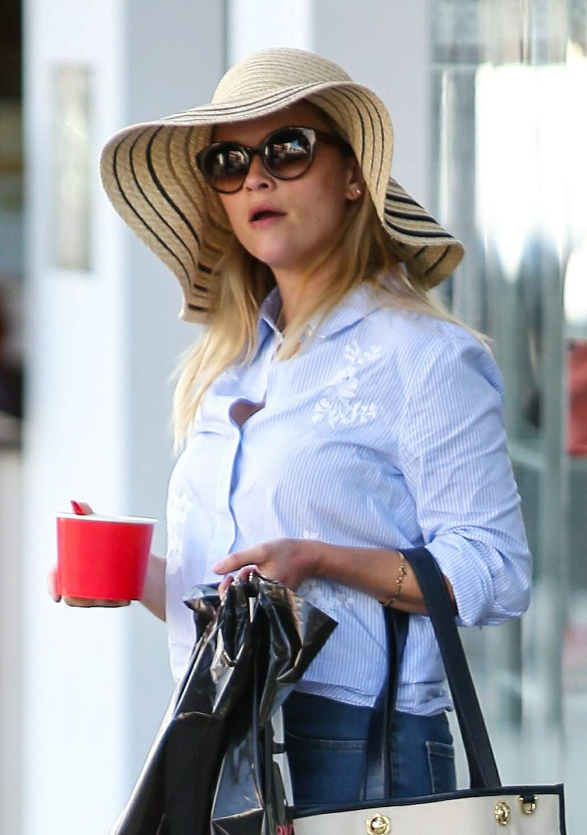 REESE WITHERSPOON Out Shopping in Los Angeles 09/26/2016