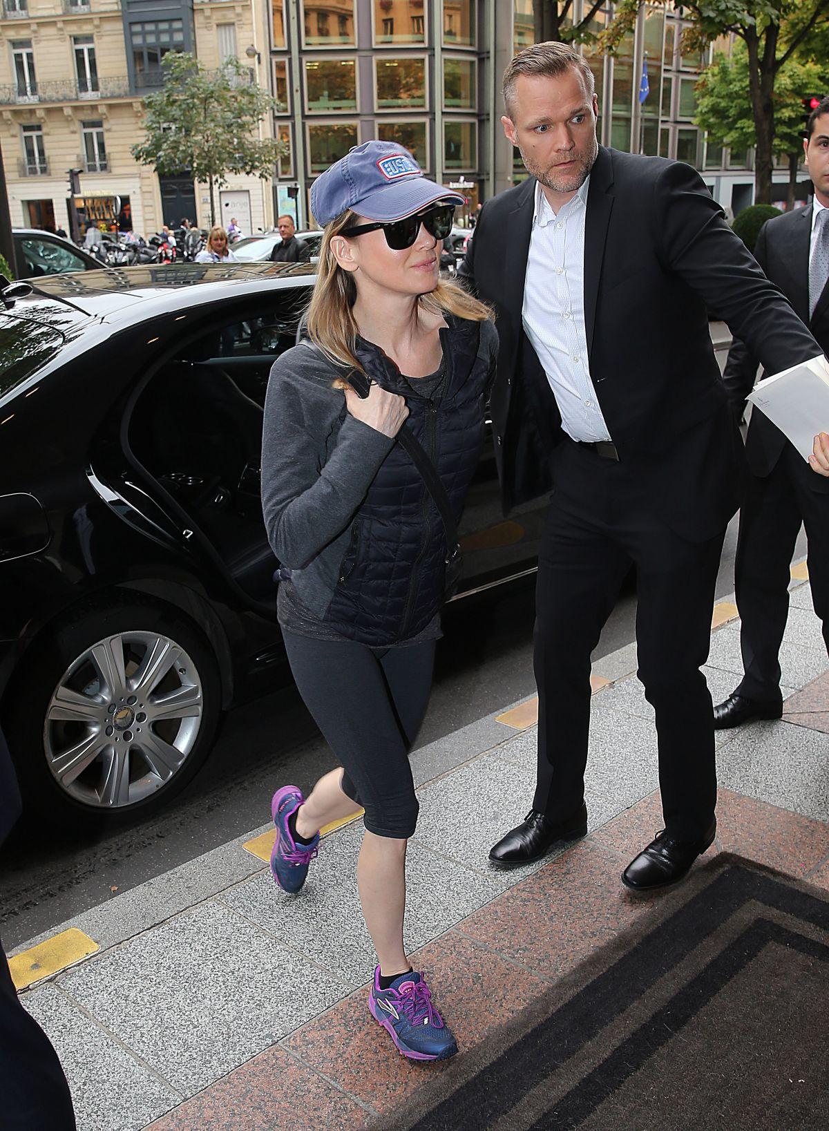 RENEE ZELLWEGER Arrives at Her Hotel in Paris 09/06/2016