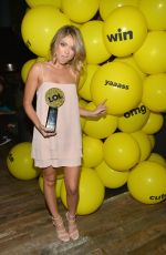 SARAH HYLAND at The Buzzies Buzzfeed