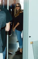 SOFIA VERGARA Arrives at LAX Airport in Los Angeles 09/19/2016