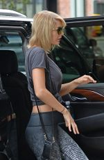 TAYLOR SWIFT Arrives at a Gym in New York 09/09/2016