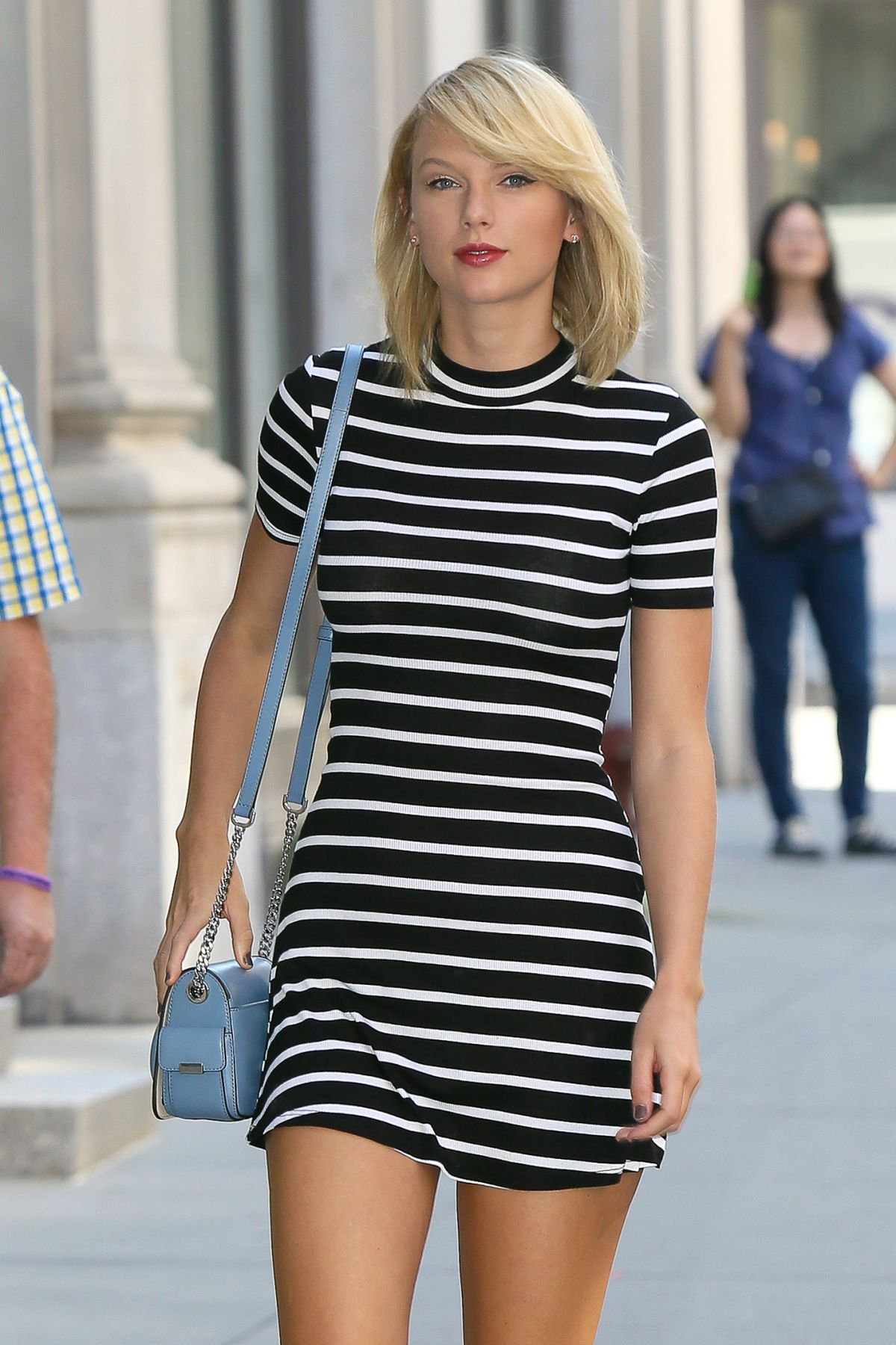 TAYLOR SWIFT Out and About in New York 09/14/2016 - HawtCelebs Taylor Swift