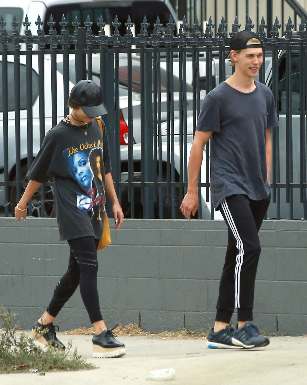 VANESSA HUDGENS and Austin Butler Out in Los Angeles 09/20/2016