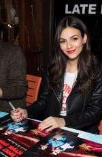 VICTORIA JUSTICE at 30th Annual Broadway Flea Market and Grand Auction 09/25/2016
