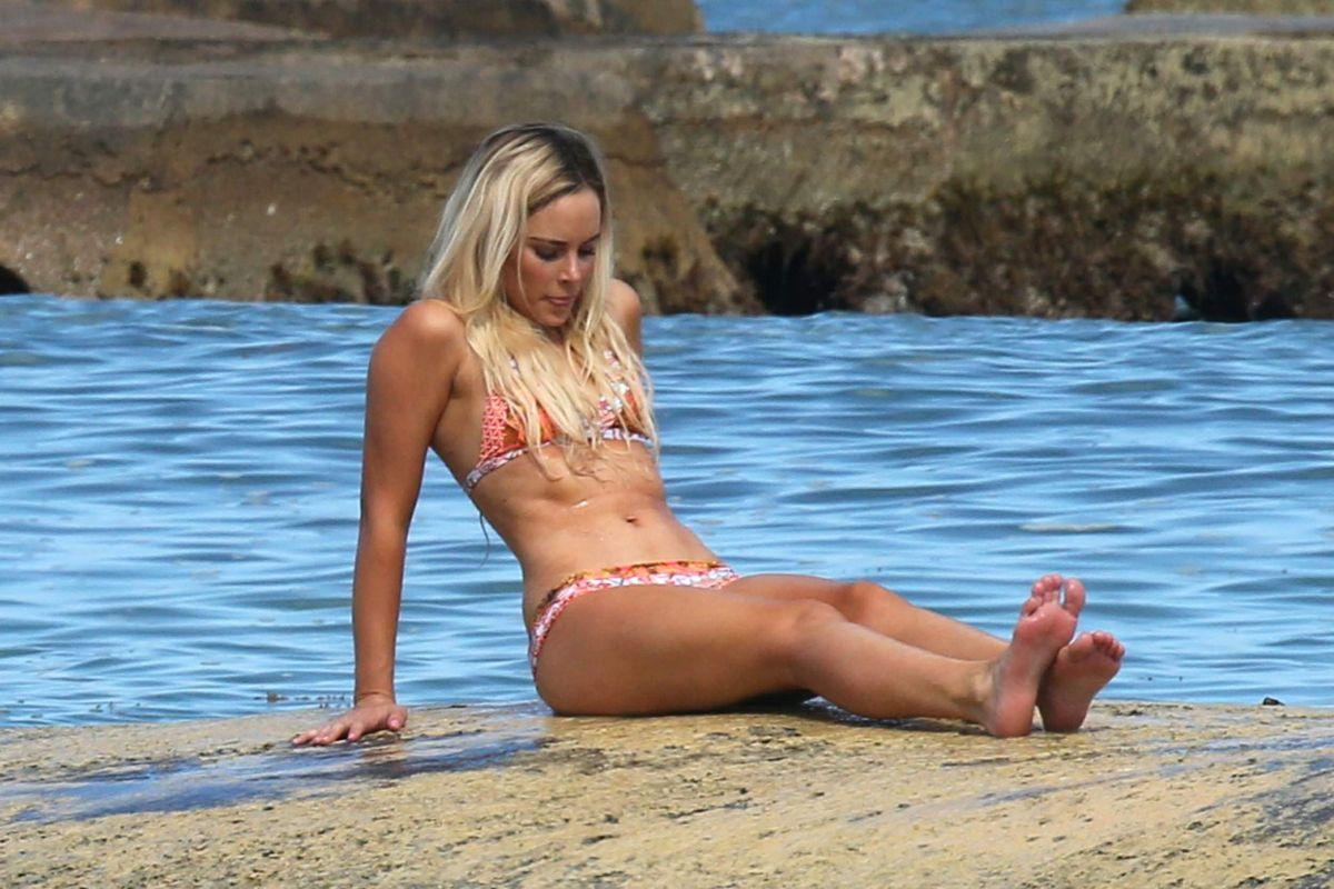 AMANDA STANTON in Bikini at a Beach in Cancun 10/15/2016