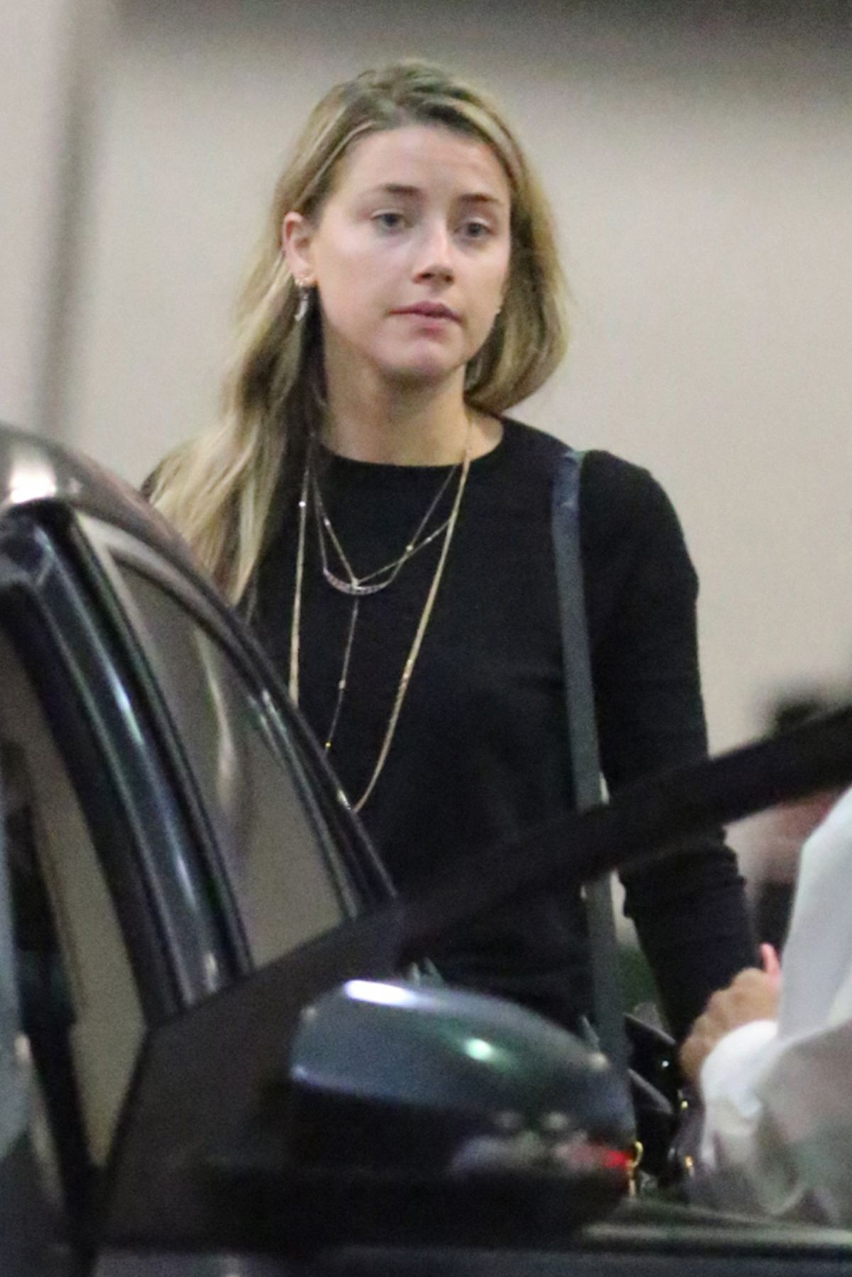 AMBER HEARD Out and About in Los Angeles 10/14/2016 - HawtCelebs ...